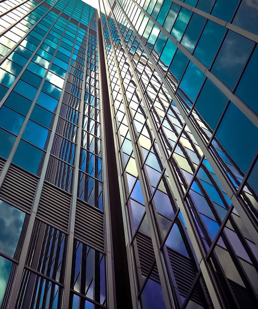 fachadas de vidrio innovadoras