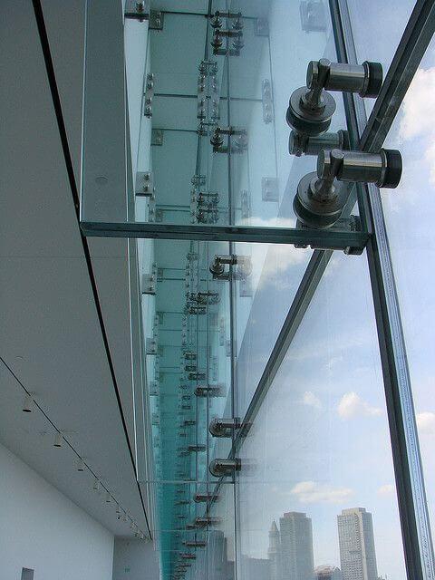 instalacion de vidrio con arañas